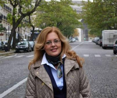 Intervistoi Anila Kadija, Publiciste