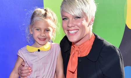 HOLLYWOOD, CA - JUNE 08: Recording artist Pink (R) and daughter attend the Los Angeles Premiere and Party for Disney•Pixar's INSIDE OUT at El Capitan Theatre on June 8, 2015 in Hollywood, California.  (Photo by Alberto E. Rodriguez/Getty Images for Disney)