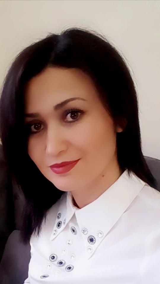 Juliana Dulla, Master Shkencor, psikologe këshillimi, psikoterapiste EMDR, Niv.1