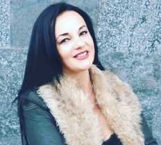 Adelina Pjetra , Psikologe Klinike dhe Psikoterapiste EMDR