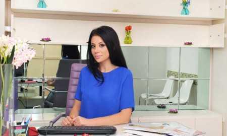 Julinda Gjika, pedagoge pranë Departamentit të së Drejtës Penale pranë Fakultetit të Drejtësisë së Kolegjit Universitar Luarasi.