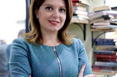 Orjola Pampuri, Psikologe, Deputete e PD