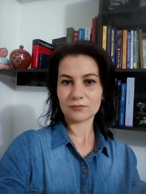 Silvana Uka (Bushi), psikologe klinike