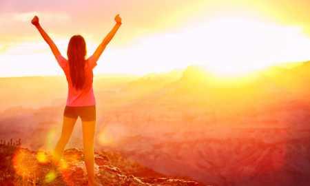 photo-woman-triumphant