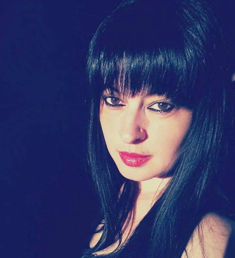 "Adela Kolea, gazetare e ""Albania News"""