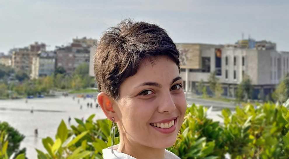 Edona Marku, studente arkitekture në Tiranë, dashamirëse e psikologjisë