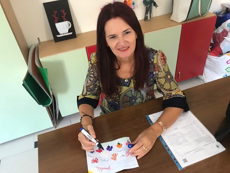 Esmeralda Birçaj, eksperte e shëndetit mendor, Gjykata e Rrethit Vlore, Terapiste EMDR 1