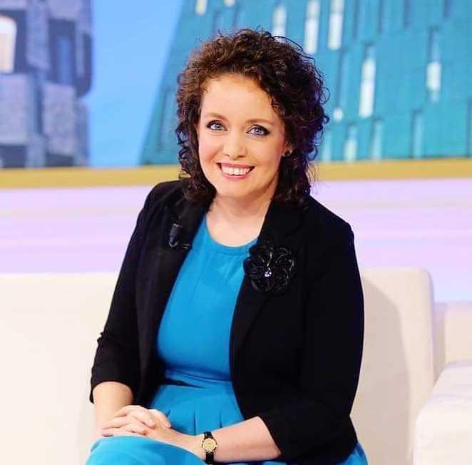 Edlira Çepani                                    Koordinatore Kombëtare  Rrjeti i Grave - Barazi në Vendimmarrje