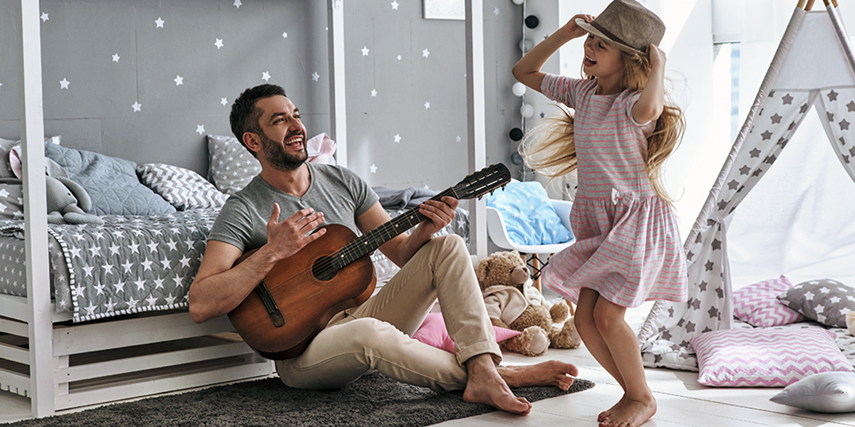 Ambra Hysa: Vajzat i duan shumë baballarët e tyre, kjo lidhje është deri diku hyjnore, magjike