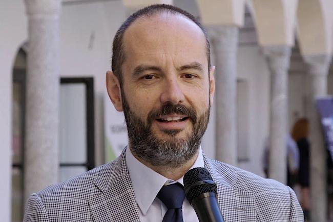 Prof. Emanuele Montomoli, Profesor i Shëndetit Publik, President dhe themelues i Institutit për Shëndetin Global të Universitetit të Sienës