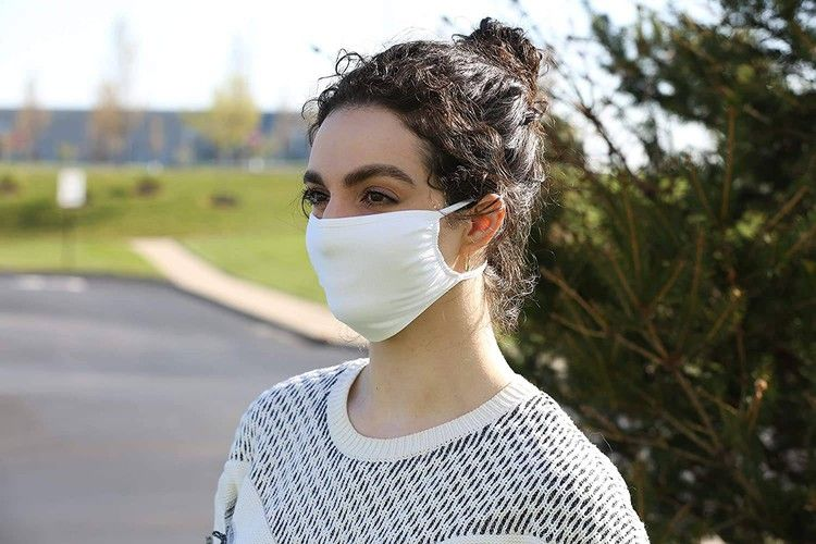 the-most-and-least-effective-cloth-face-masks-to-protect-you-from-coronavirus-bgr
