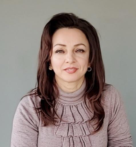 """Blerina Hima Mërtiri Mësuese në shkollën """"Andon Xoxa"""", Fier"""